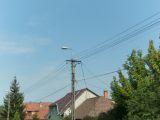 légvezetékek az utcán